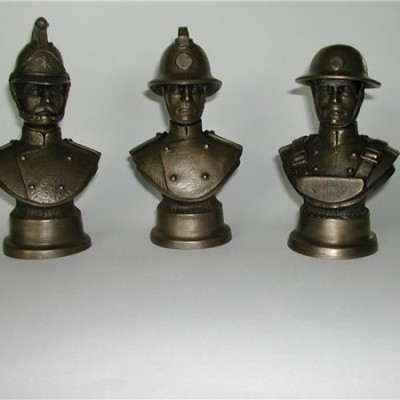 TALL_FIREMAN_PAPERWEIGHTS__FF11